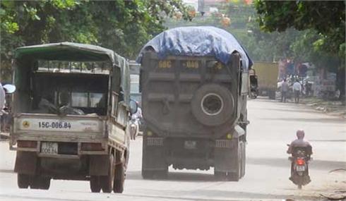 """Ngăn chặn xe quá tải ở Bắc Giang: Chưa có """"thuốc"""" đặc hiệu"""