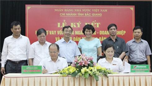 Bắc Giang: Ký kết hỗ trợ vốn vay cho doanh nghiệp