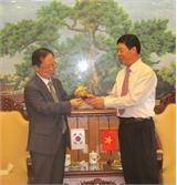 Chủ tịch UBND tỉnh Bùi Văn Hải làm việc với ông Chang Jae Yun, Trưởng đại diện Cơ quan hợp tác quốc tế Hàn Quốc tại Việt Nam