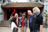 Khách quốc tế đến Việt Nam tiếp tục tăng