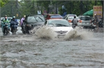 Hoàn lưu áp thấp gây mưa lớn khắp miền Bắc - Trung