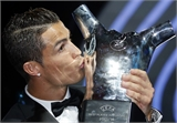 Ronaldo lần đầu đoạt giải Cầu thủ xuất sắc nhất châu Âu