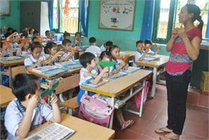 Thay chấm điểm bằng đánh giá học sinh tiểu học: Tăng trách nhiệm, giảm áp lực