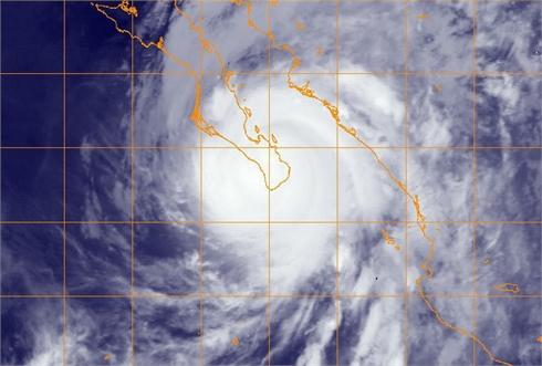 Khẩn trương ứng phó với bão số 3