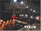 Kịp thời ứng cứu 7 ngư dân gặp nạn trên biển do thời tiết xấu