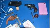 Bắt giữ bảy đối tượng sử dụng vũ khí chống trả lực lượng chức năng