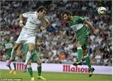 Real Madrid 5-1 Elche: C.Ronaldo ghi 4 bàn thắng
