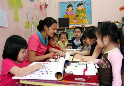 Giáo dục mầm non: Mất cân đối cả về mạng lưới và cơ cấu độ tuổi