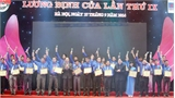Bốn thanh niên Bắc Giang nhận giải thưởng Lương định Của