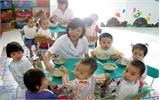 Trường mầm non được phép tổ chức cho trẻ ăn sáng