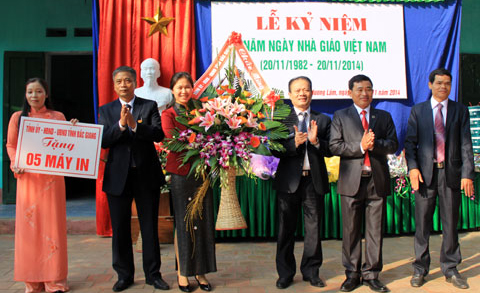 Hoạt động kỷ niệm Ngày Nhà giáo Việt Nam