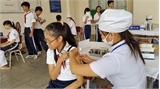 Cách phòng tránh phản ứng tâm lý dây chuyền khi tiêm vắc xin sởi-rubella