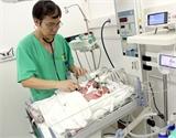Hà Nội: Một ca sinh 4 em bé, 3 trai 1 gái