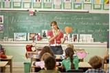 Dạy và học bằng tiếng nước ngoài trong nhà trường