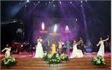 Đêm nhạc Phú Quang 'Về lại phố xưa' như về với mẹ