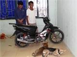 Thanh Hóa: Bị bắn trả, dân làng bao vây đánh chết 2 kẻ trộm chó