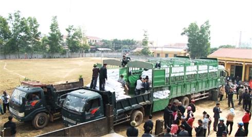 Lục Ngạn tiếp nhận gần 440 tấn gạo hỗ trợ đồng bào dân tộc thiểu số