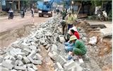 Chất lượng kém, người dân phá dỡ công trình