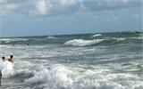 Từ Lâm Đồng xuống Cam Ranh tắm biển, 4 bạn trẻ chết đuối