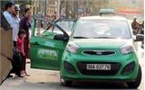 Dịp Tết: Dịch vụ taxi hút khách