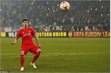 Liverpool, Tottenham cùng bị loại khỏi Europa League