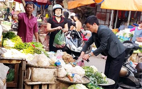 Sau tết: Hàng hóa dồi dào, giá ít biến động