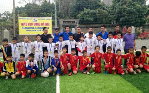 """Câu lạc bộ bóng đá Đoàn - Phong: """"Gieo mầm"""" bóng đá trẻ"""