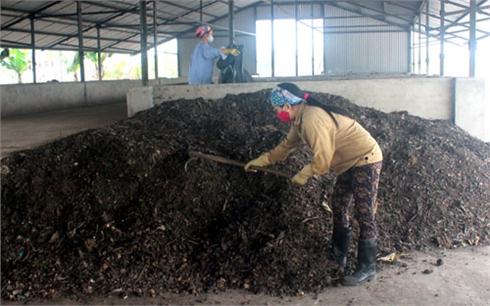 Mở hướng xử lý rác thải nông thôn