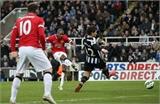 Man United giành 3 điểm muộn màng