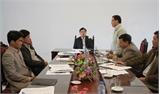 Phó Chủ tịch UBND tỉnh Bùi Văn Hạnh kiểm tra tình hình sản xuất tại Hiệp Hòa