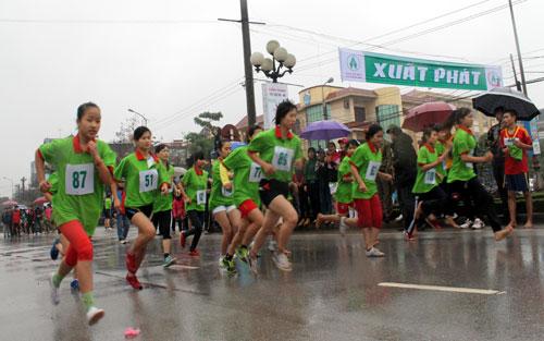 Đạm Hà Bắc,  Đồng hành, Giải Việt dã Báo Bắc Giang, từ thiện xã hội, văn hóa, thể thao