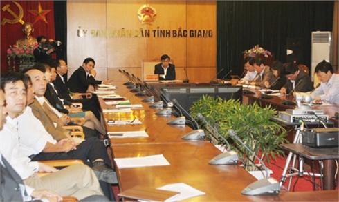 Tiếp tục đẩy mạnh cải cách hành chính và chế độ công vụ, công chức