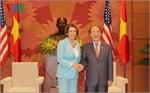 Chủ tịch Quốc hội Nguyễn Sinh Hùng tiếp Đoàn Hạ viện Hoa Kỳ