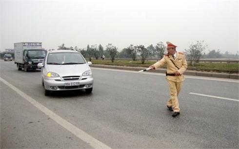 Từ ngày 1-4: Công an huyện không được kiểm soát giao thông trên quốc lộ