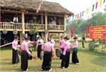 Đội Hải Dương và Hà Nội đoạt giải Nhất hội thi gói bánh chưng dâng lên Vua Hùng
