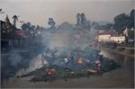 Nepal làm lễ hỏa thiêu hàng trăm nạn nhân động đất