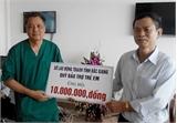 Hỗ trợ Bệnh viện Sản-Nhi tỉnh Bắc Giang 10 triệu đồng phẫu thuật tim cho trẻ em