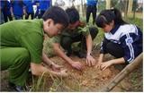 Đoàn viên thanh niên Bắc Giang tổ chức nhiều hoạt động hướng tới Ngày giải phóng miền Nam