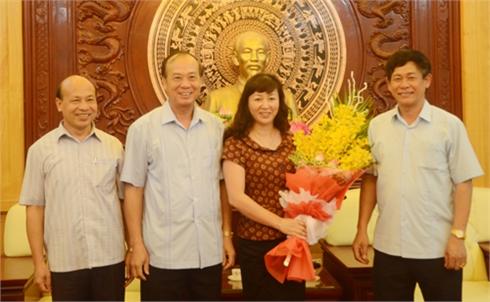 Thường trực Tỉnh ủy Bắc Giang: Trao các quyết định, nghị quyết về công tác cán bộ