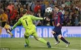 Messi lập cú đúp, Barca thắng đậm Bayern Munich ở Nou Camp