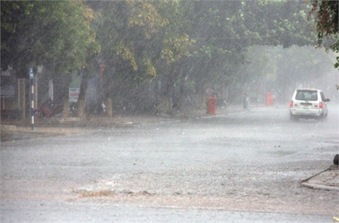 Miền Bắc tiếp tục mưa dông