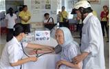 Khám bệnh, cấp thuốc miễn phí cho người nghèo