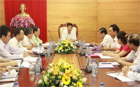 Bí thư Tỉnh ủy Bắc Giang Bùi Văn Hải duyệt dự thảo Báo cáo chính trị Đại hội Đảng bộ huyện Sơn Động