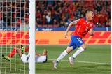Chile - Peru 2-1: Chủ nhà vào chung kết Copa America