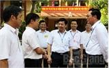 Bộ trưởng Phạm Vũ Luận kiểm tra tại điểm thi Trường THPT Yên Thế