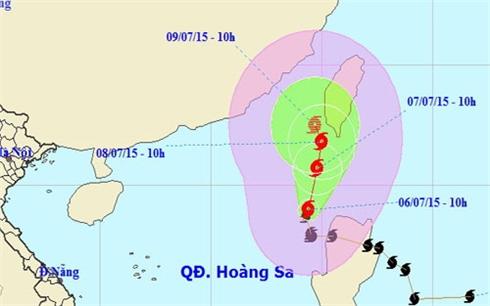 Bão số 2 gây gió mạnh cấp 8-9 trên biển Đông