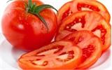 Làm trắng da cấp tốc bằng cà chua