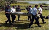 Malaysia điều nhóm chuyên gia xác minh mảnh vỡ nghi của MH370