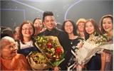 Trọng Hiếu rơi nước mắt khi lên ngôi Quán quân Vietnam Idol 2015