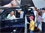 Chi 3,8 tỉ USD mua ô tô trong 8 tháng